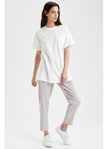 DeFacto Relax Fit Bisiklet Yaka Kısa Kol T-shirt Tunik Beyaz